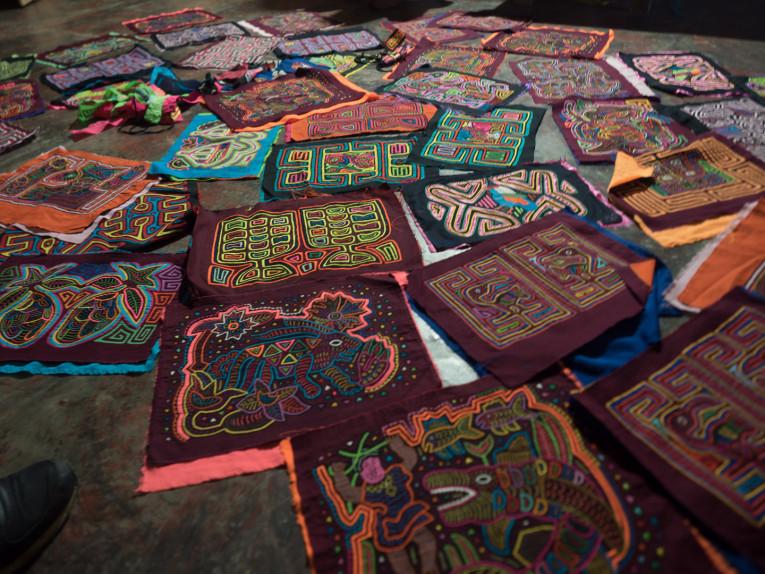 tourisme responsable molas traditionnelles indiens kunas à necocli colombie