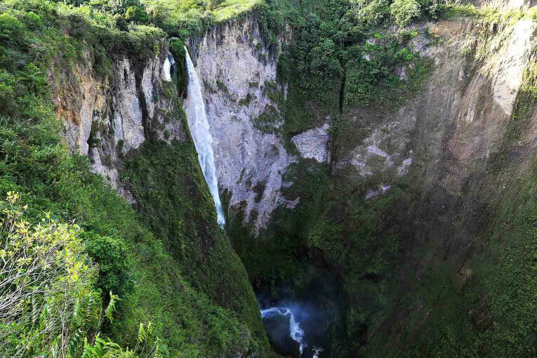 Cascade de Mortiño, alentours de San Agustin en Colombie