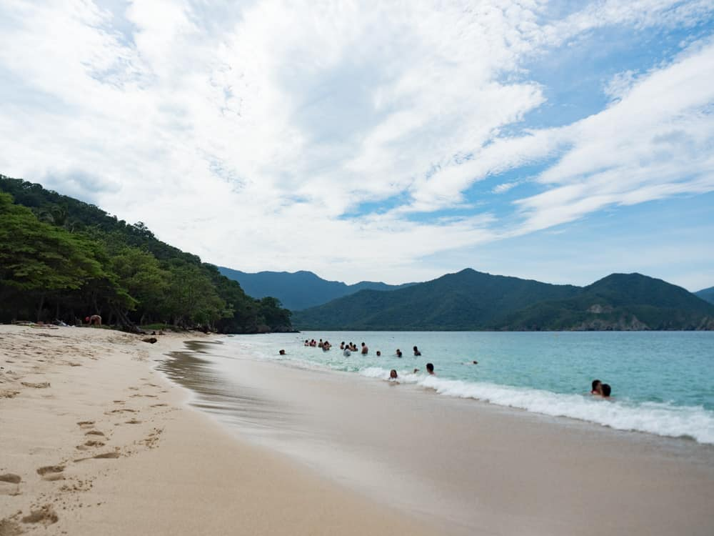 playa cristal parc tayrona voyage colombie