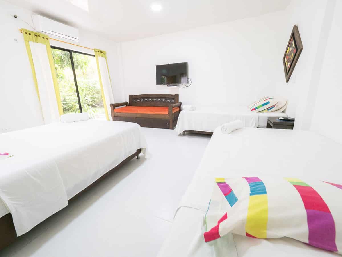 chambre de l'hotel punta caribana en necocli