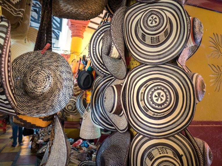 Sombrero vueltiao au marché public de lorica village patrimoine de la Colombie