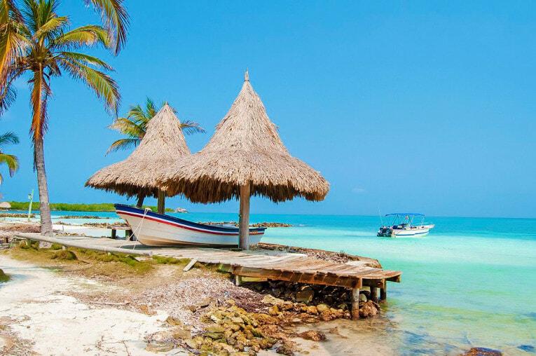 Isla Tintinpan sur l'archipel San Bernardo en Colombie