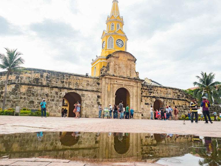 La torre del reloj, monument à voir à Cartagena en Colombie