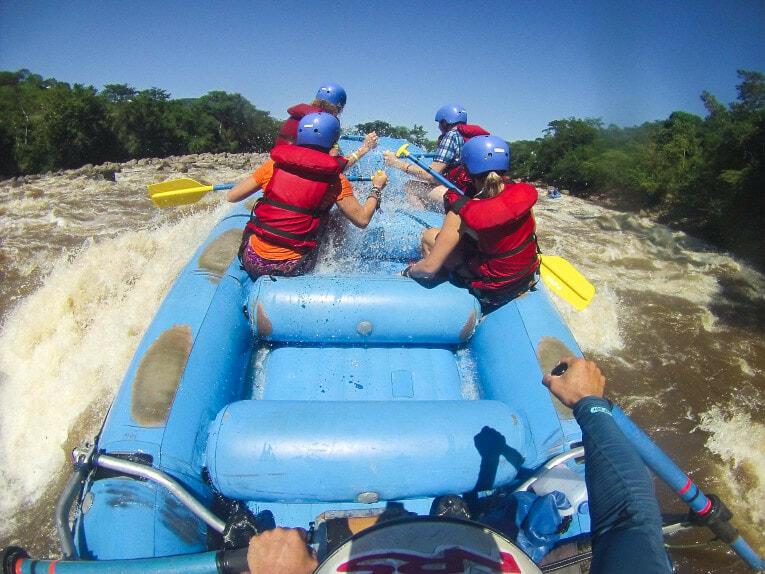 Rafting à San Gil dans le rio Suarez en Colombie